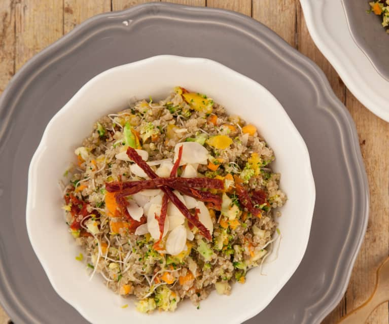 Quinoa germinada con verduras crudivegana