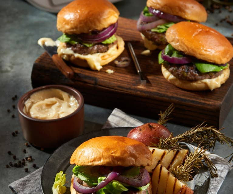 Grilled Burger with Red Potatoes and Garlic Mayonnaise