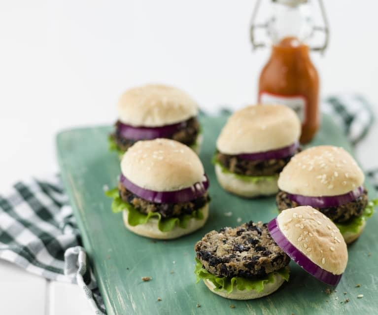 Hambúrgueres de feijão-preto