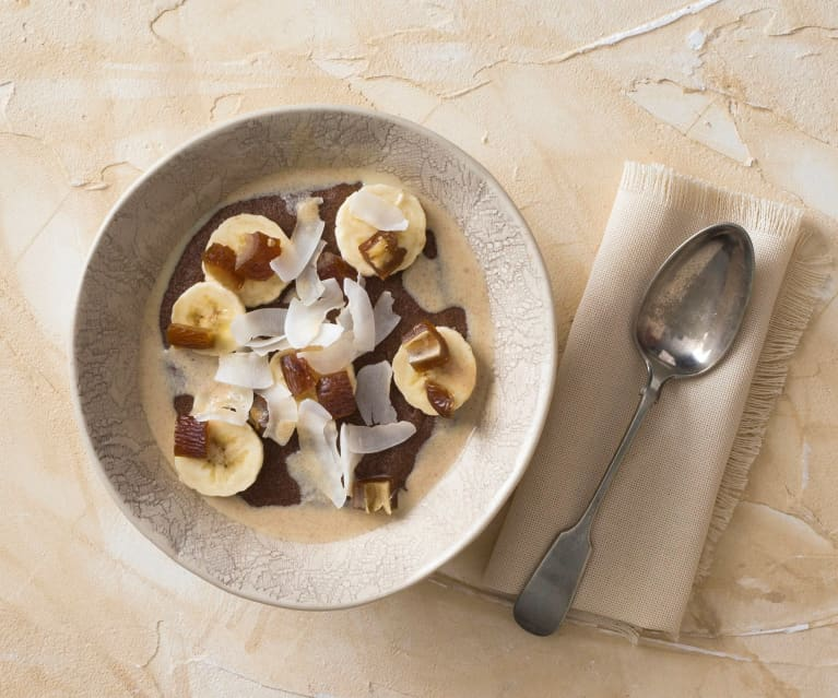 Coconut and cinnamon teff porridge