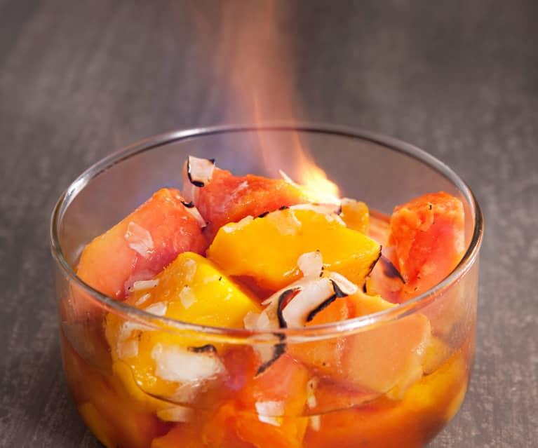 Macedonia templada de frutas tropicales