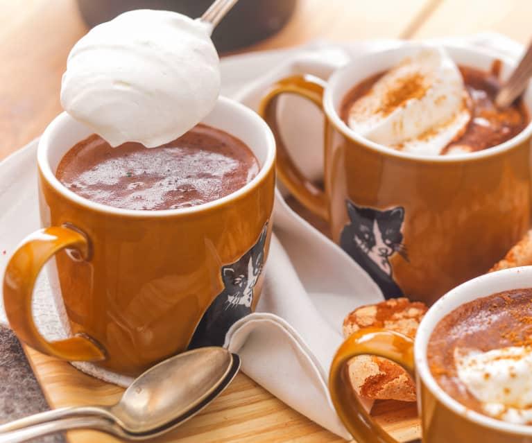 Chocolat chaud courge, épices et chantilly