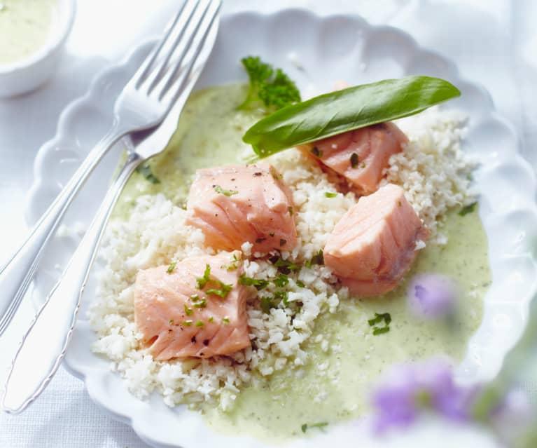 Filetti di salmone in salsa di acetosa