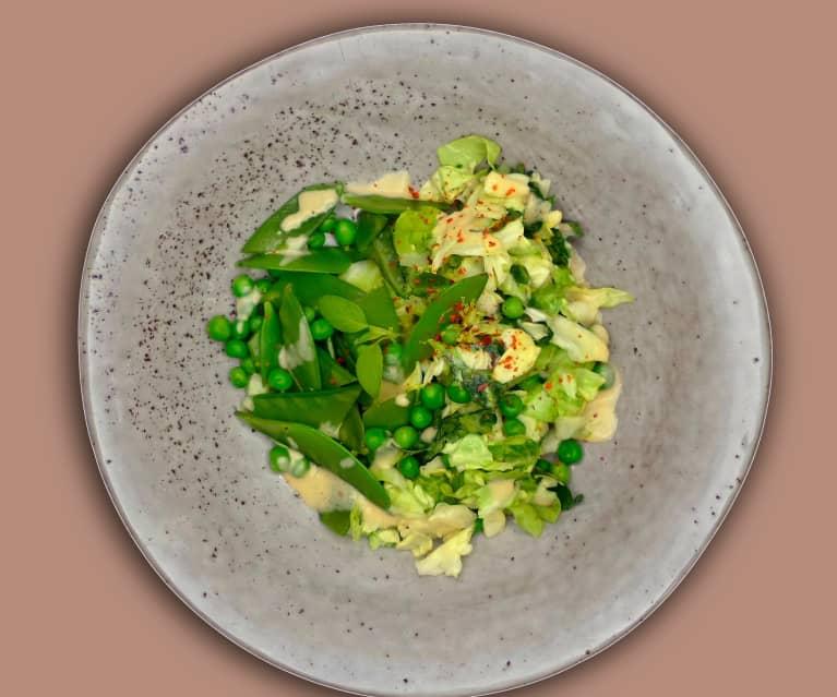 Spitzkohlsalat mit Sojadressing und Limonenkresse