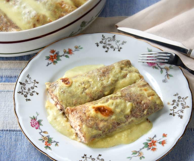 Crêpes de sarraceno con salmón y salsa de puerro (sin gluten)