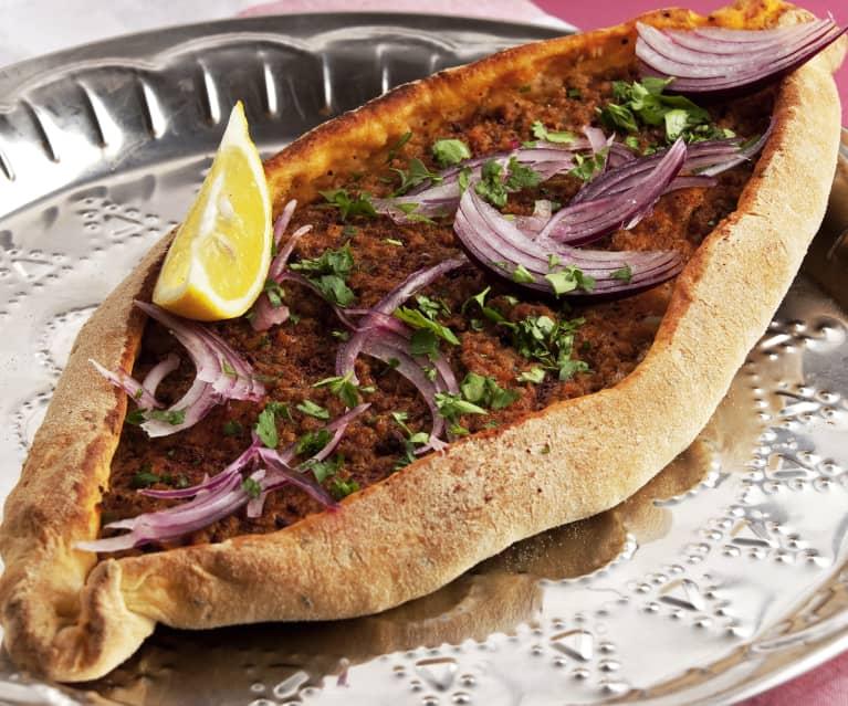 Pizza turca (Lahmacun)