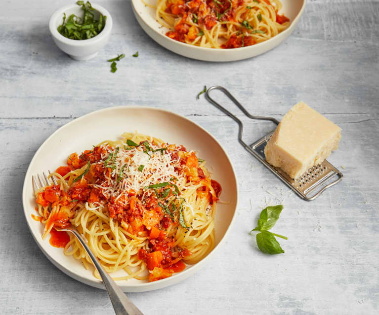 Spaghetti mit Landjäger-Bolognese