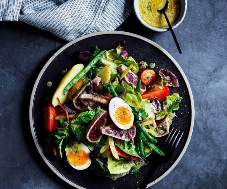 Tuna nicoise salad (gut health)
