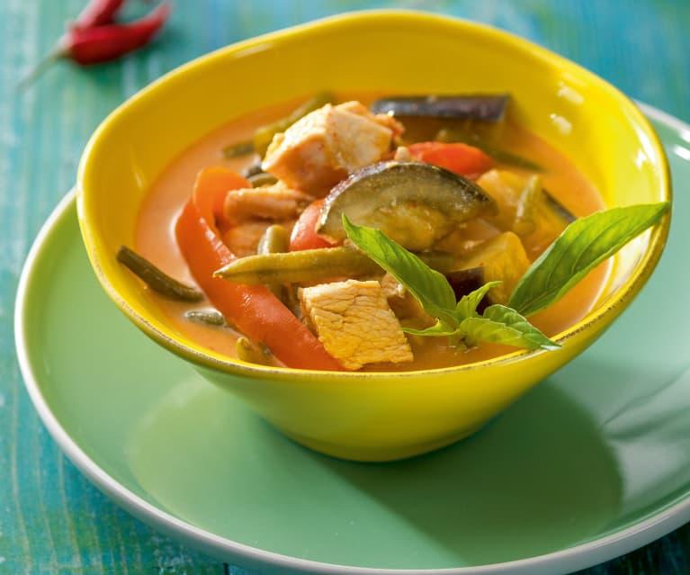 Rotes Thai-Curry mit Geflügel