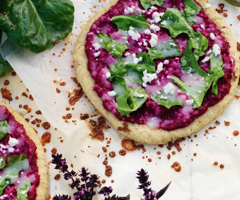 Pizza de remolacha y kale