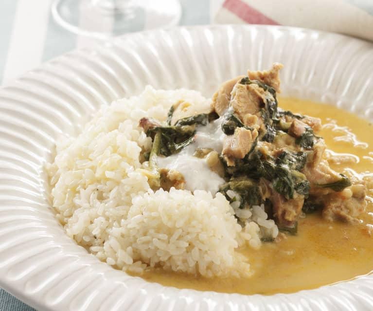 Curry de pollo con espinacas