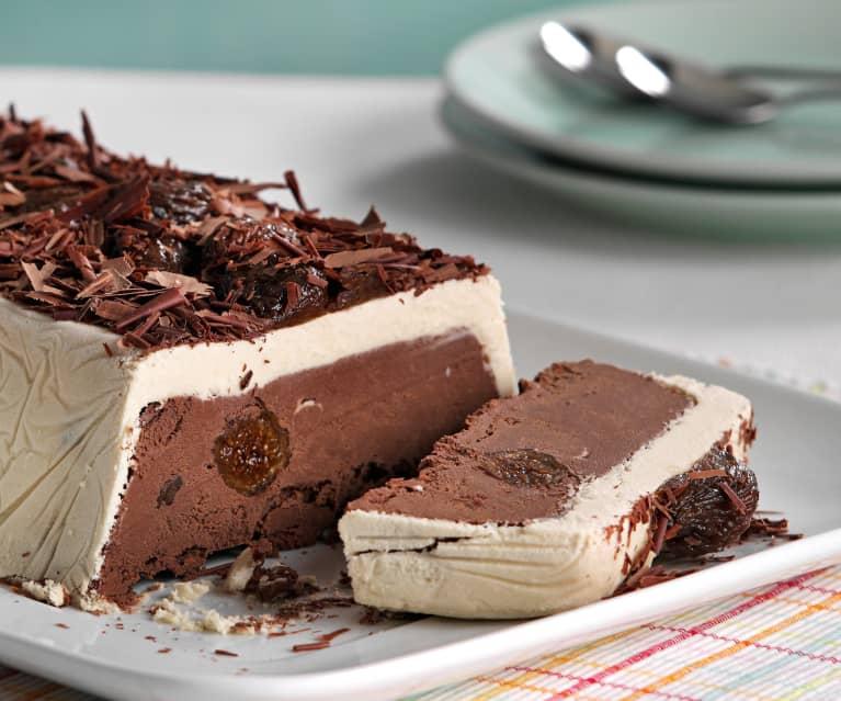 Tarta helada de chocolate y café con higos