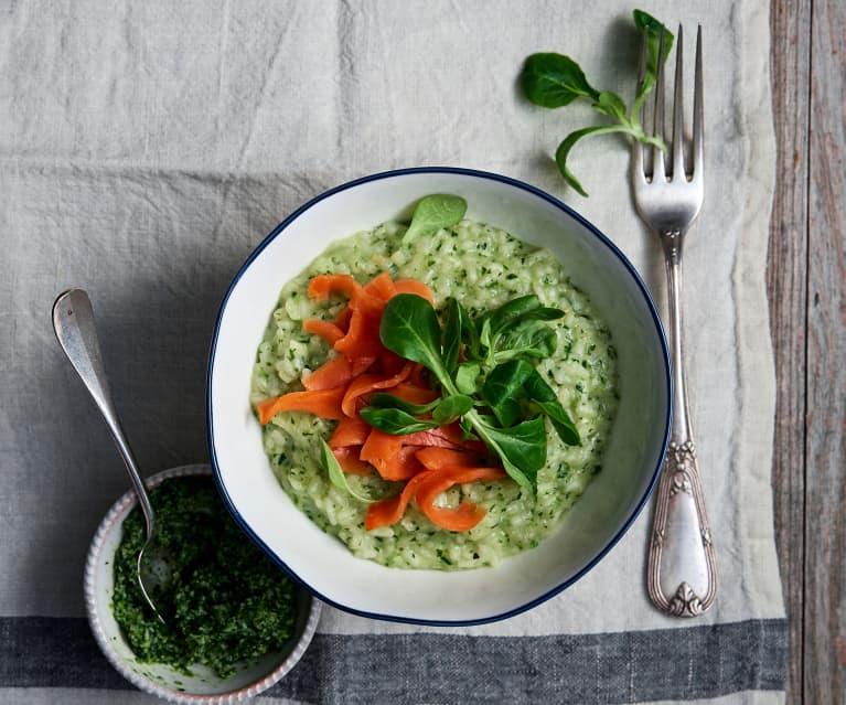 Risotto mit Pesto und Lachs