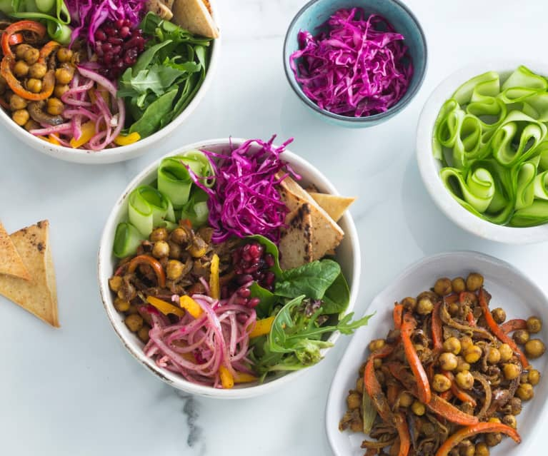 Chickpea shawarma salad bowl