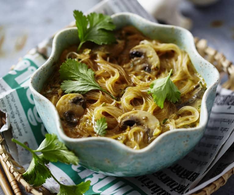 Asiatische Curry-Champignon-Suppe