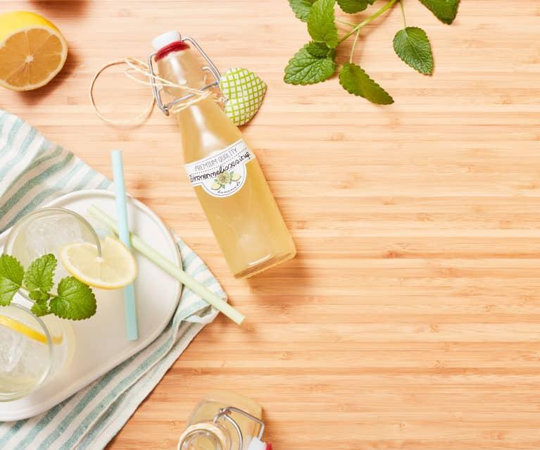 Zitronenmelissesirup