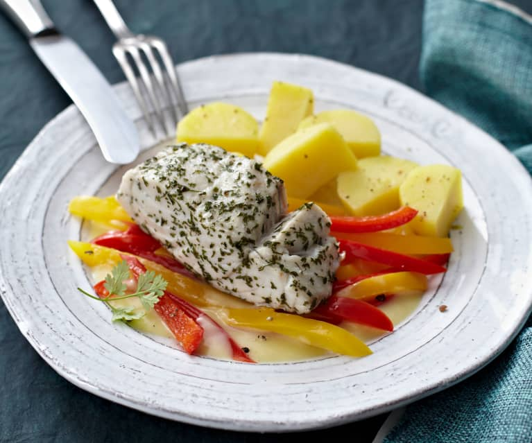 Seelachs mit Kartoffeln, Paprika und Senfsauce