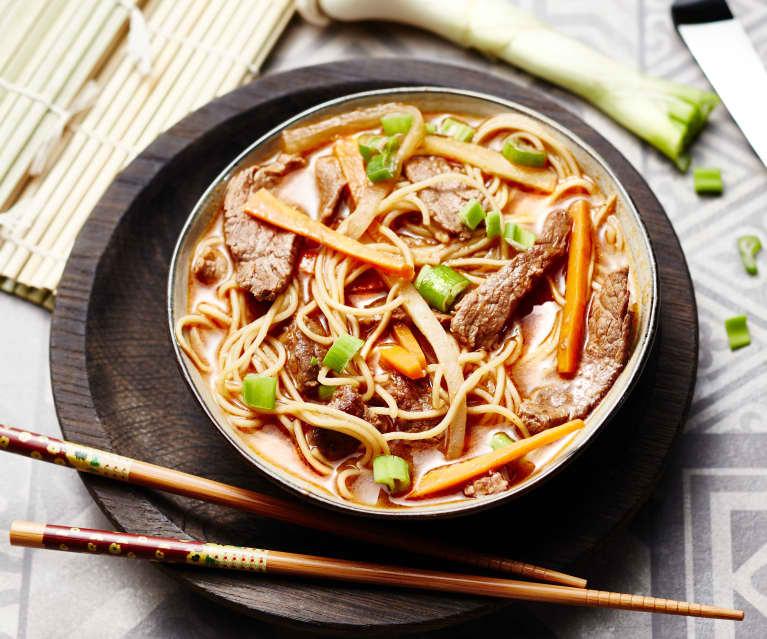Soupe chinoise au bœuf