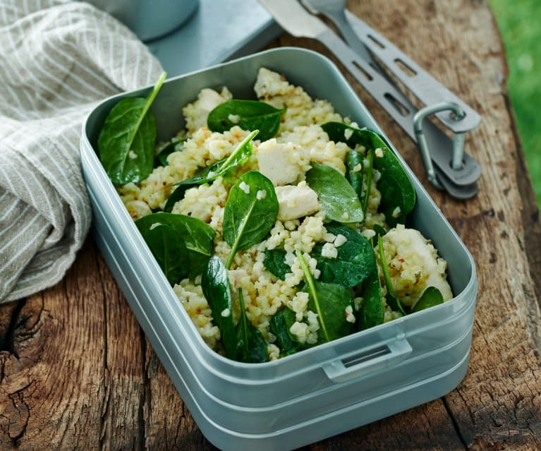 Hähnchen-Spinat-Salat mit Bulgur