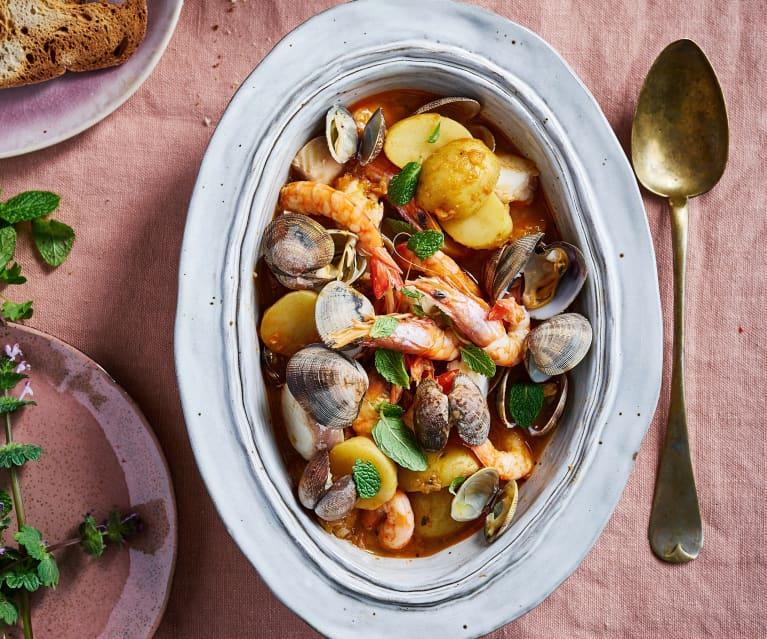 Estufado de peixe com camarão e ameijoas