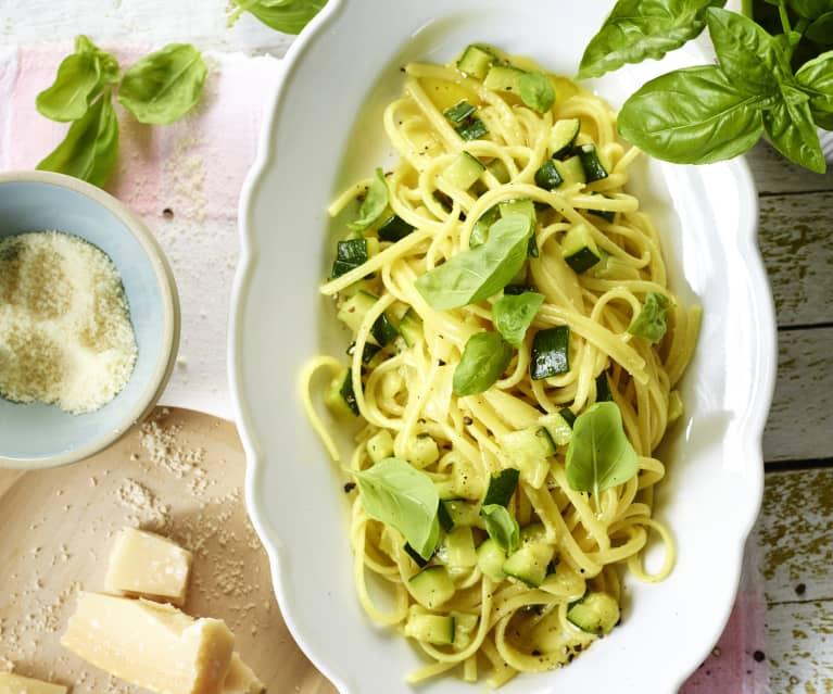 Linguine mit Zucchini-Carbonara