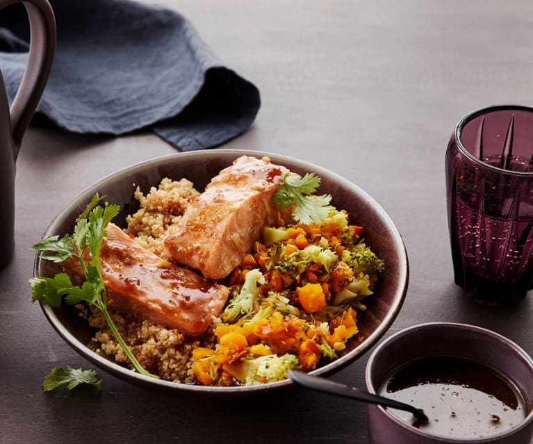 Couscous-Lachs-Bowl