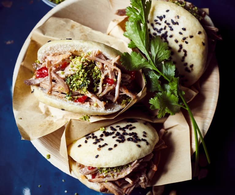 Slow Cooking Gua Bao