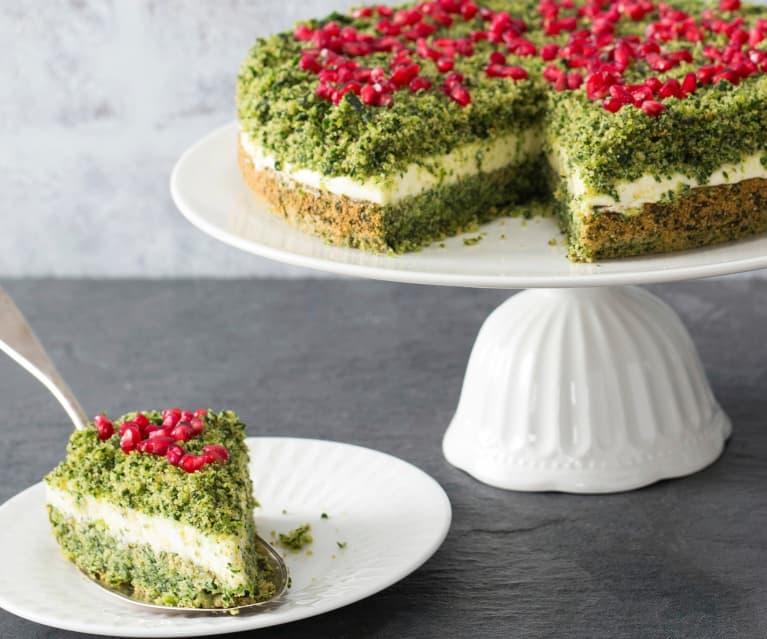 Spinach and lemon cream cake
