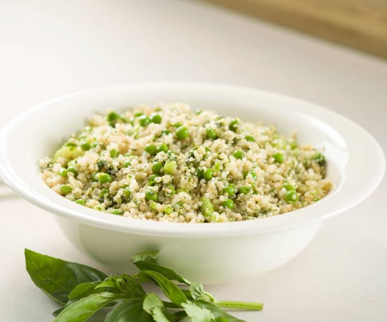 Quinoa con guisantes y pesto de almendra