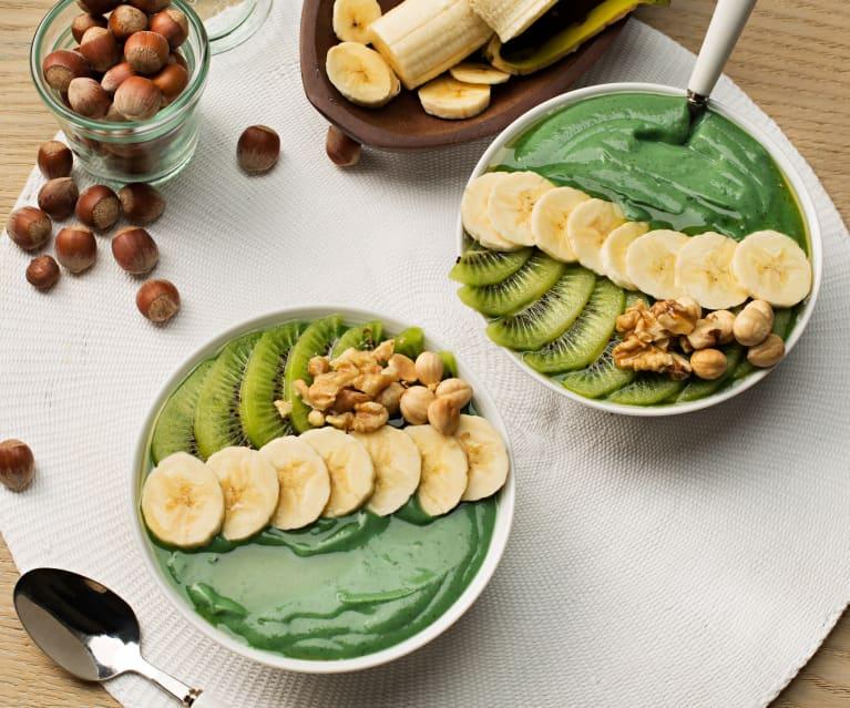 Smoothie bowl z kiwi i spiruliną