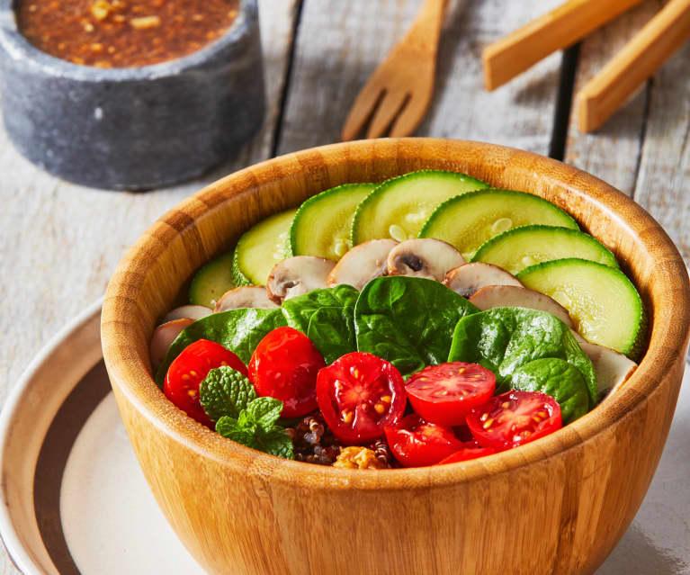 Quinoa bowl con hongos