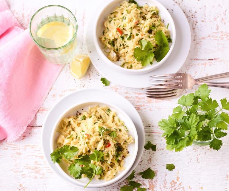 Ananas-Sauerkraut-Salat mit Cashews