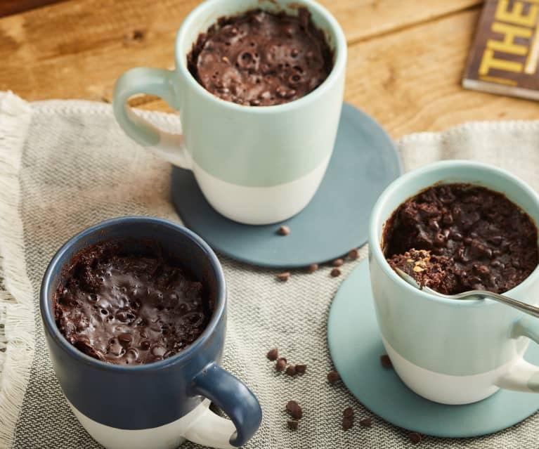 Mug cake double chocolat et beurre de cacahuète