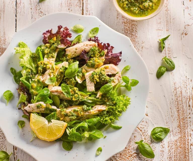 Sałatka z kurczakiem i salsą verde