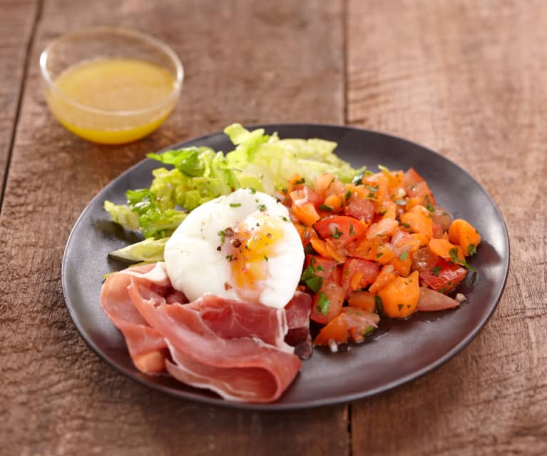 Salade d'œufs pochés