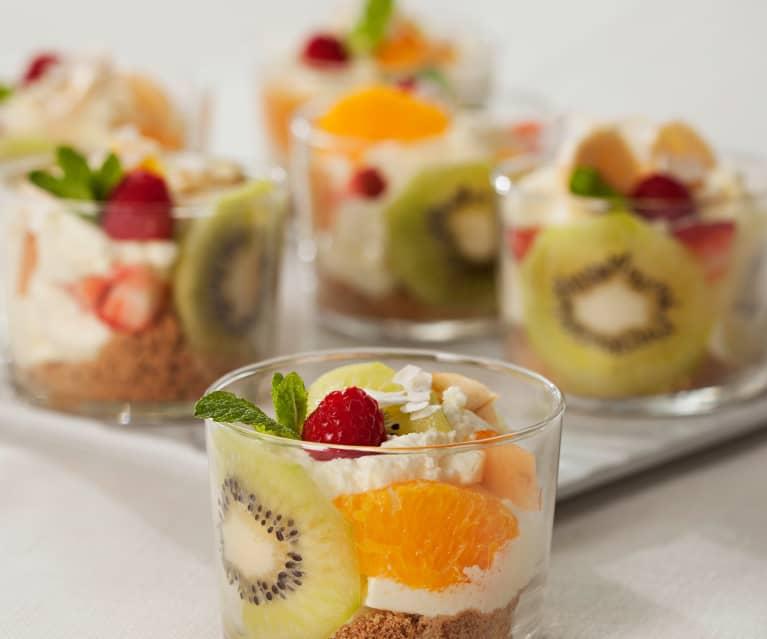Postre exprés con frutas naturales