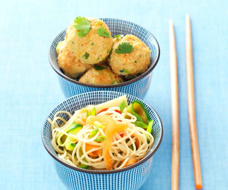 Polpette speziate e noodles