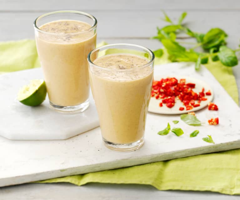 Smoothie papaya, menta e peperoncino