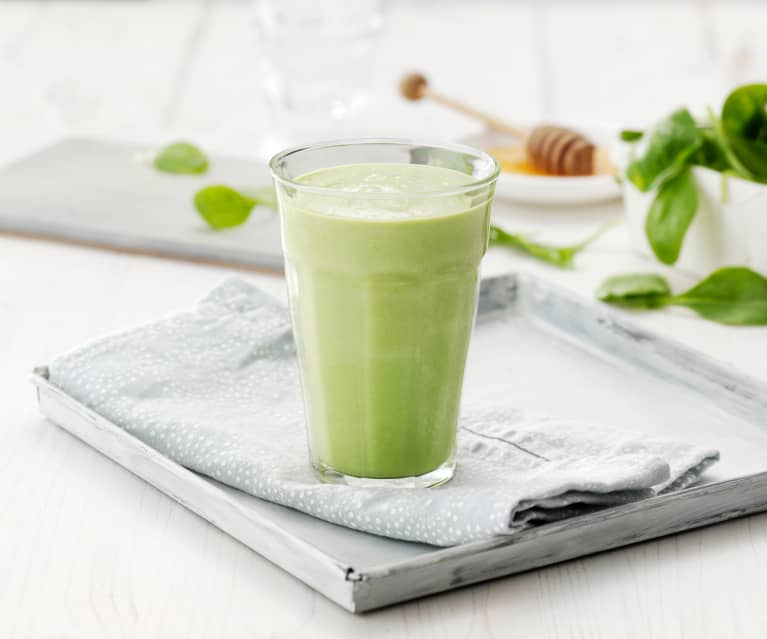 Zelené smoothie s avokádem a medem