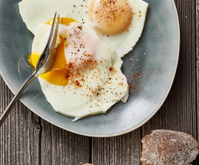 Steamed eggs sunny side up