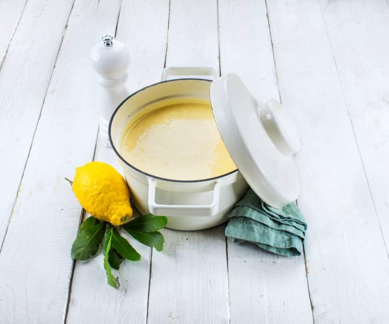 Avgolemono (soupe grecque oeuf-citron)