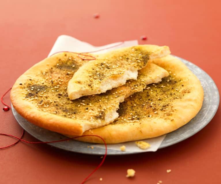 Pizza libanese alle erbe aromatiche (Manakish con Za'atar)