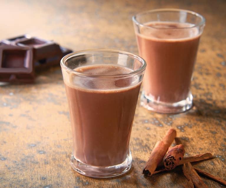 Cioccolato caldo con liquore all'arancia