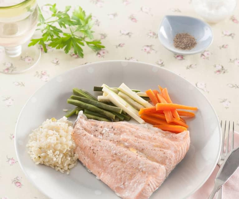 Menú: Crema de champiñones, pescado con arroz y verduras