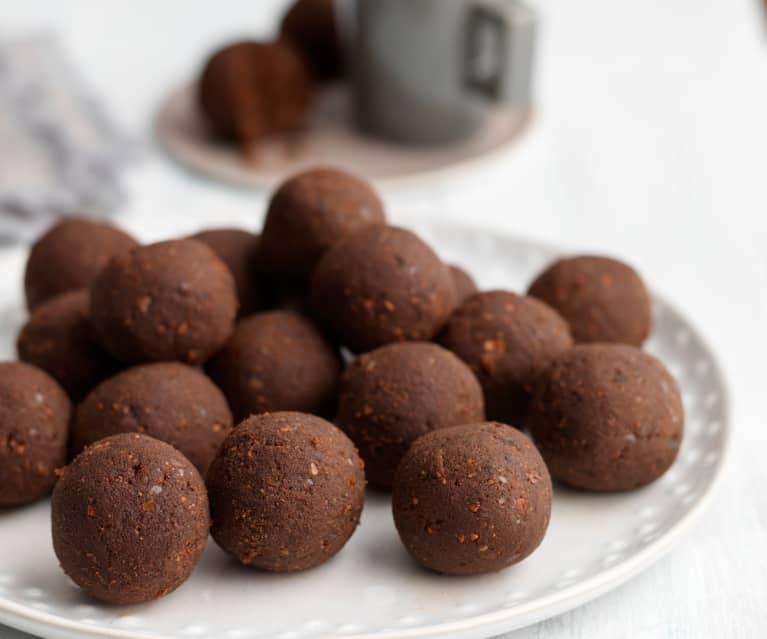 RAW čokoládové kuličky