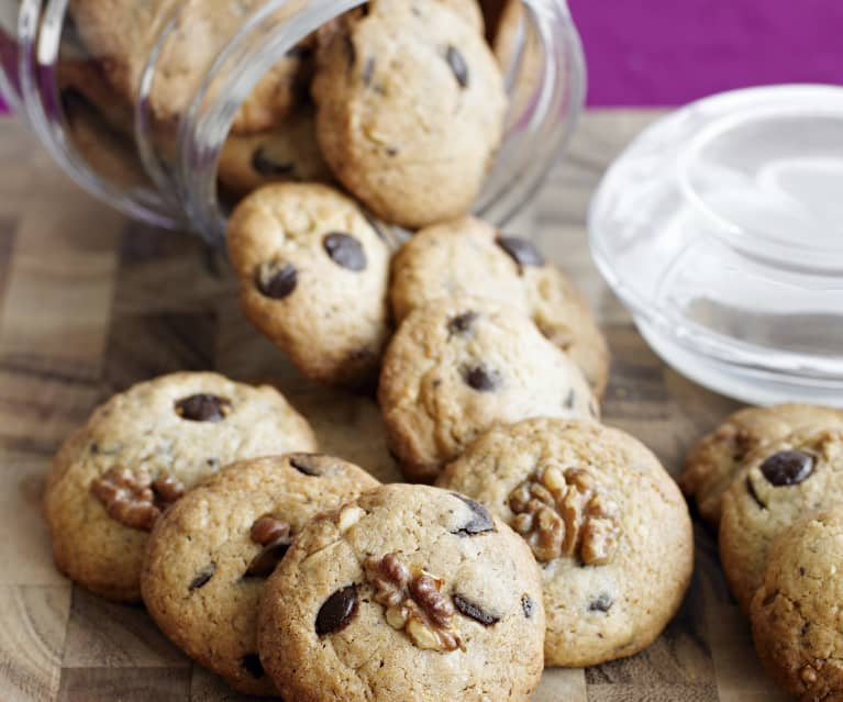 Walnut and Chocolate Crunch Cookies