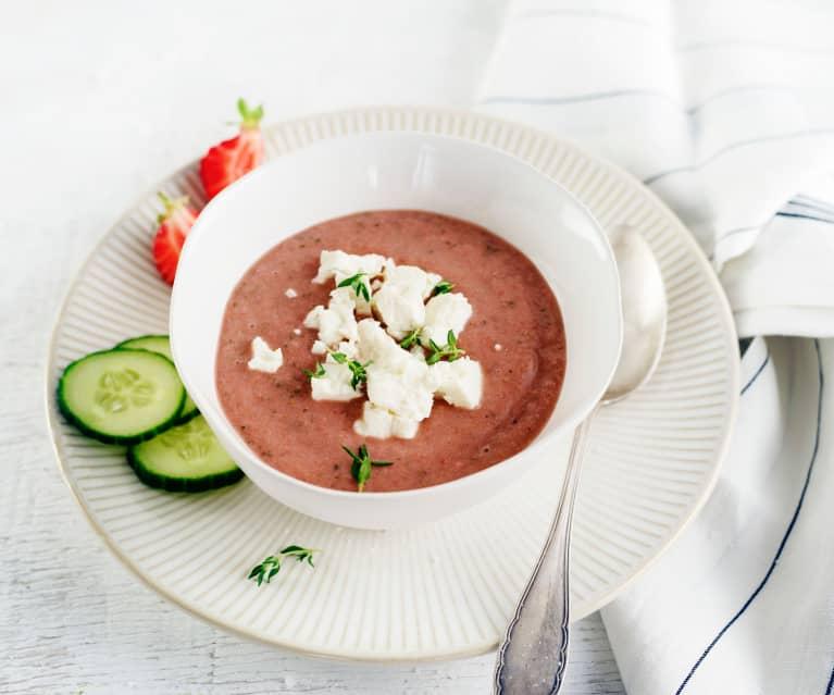 Erdbeergazpacho mit Feta
