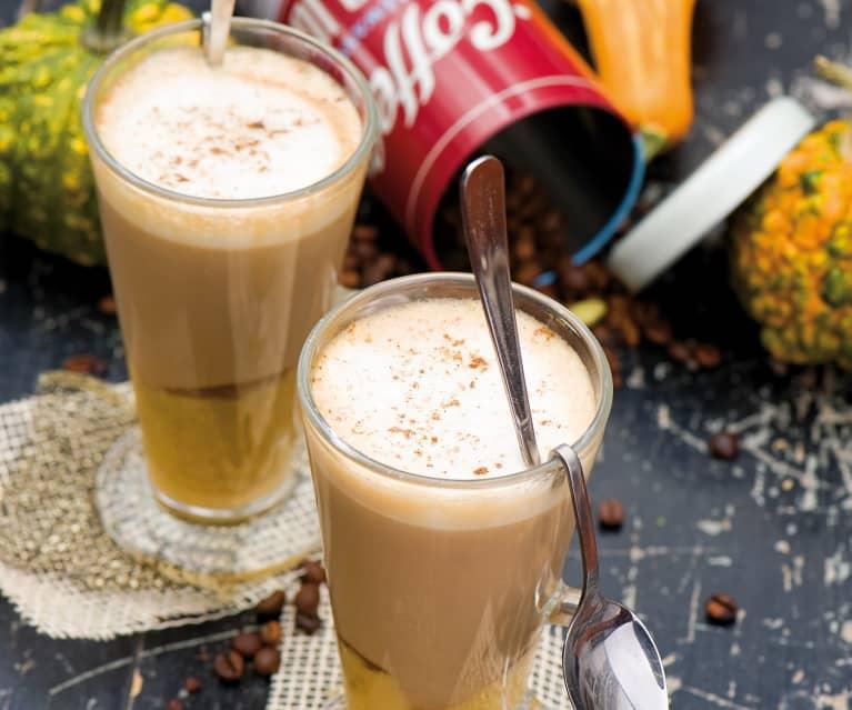 Latte z syropem dyniowo-korzennym