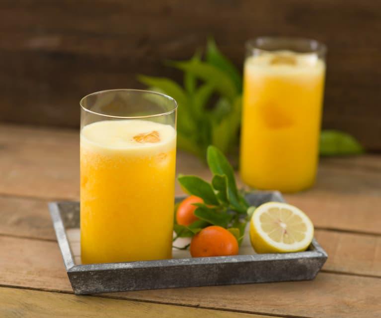 Zumo integral de mandarina y naranja
