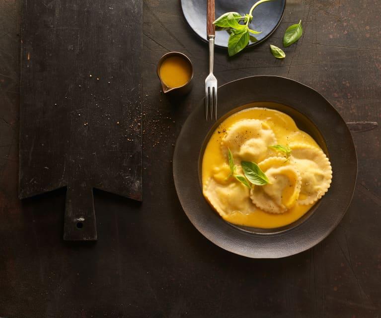 Ravioli mit Ricotta-Käse-Füllung